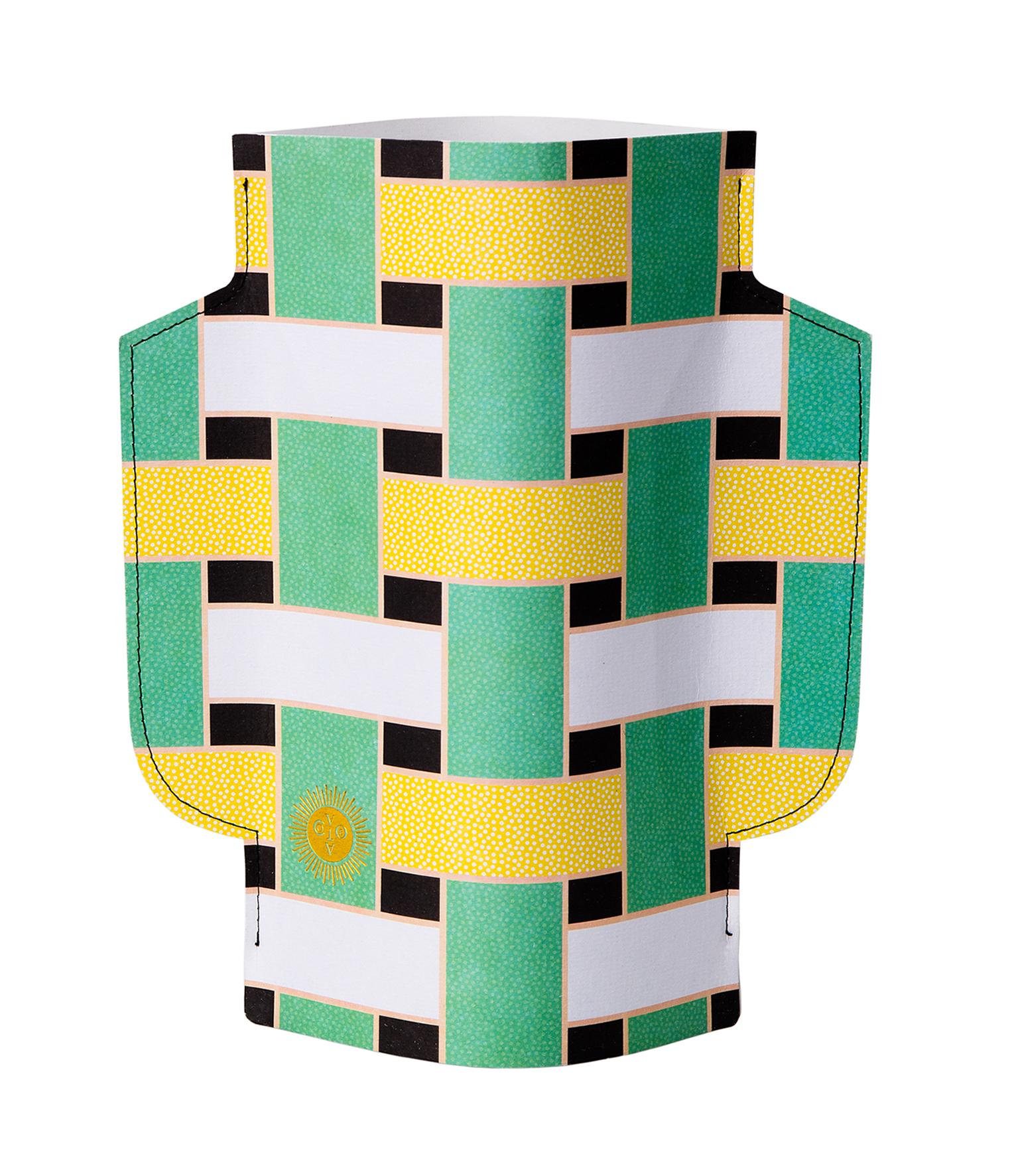 Paper Vase Artesania